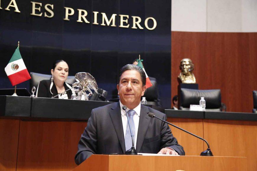 Marco Antonio Gama Basarte, Tribuna