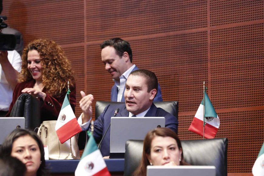 Senador Rafael Moreno Valle, para referirse al acuerdo que limita las participaciones de senadores