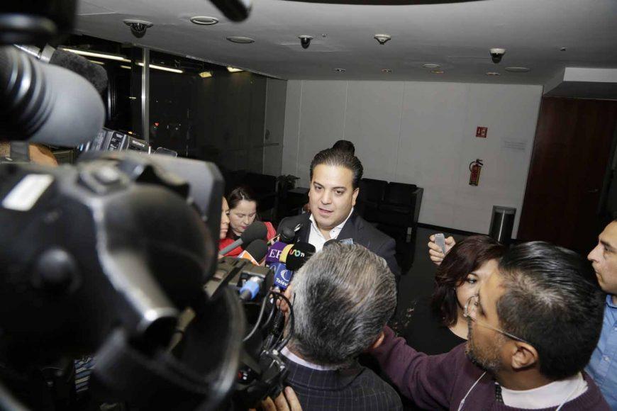 Entrevista, coordinador de los senadores del PAN, Damián Zepeda Vidales, Junta de Coordinación Política. TLC, Tratado Trilateral de Libre Comercio, México, Canadá, Estados Unidos
