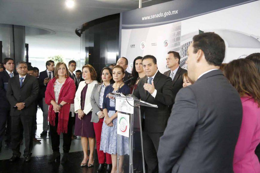Conferencia de prensa ofrecida por senadores del Partido Acción Nacional, encabezados por su coordinador, Damián Zepeda Vidales