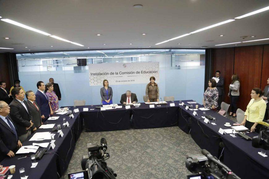 Instalación de la Comisión de Educación, Minerva Hernández Ramos, secretaria, integrantes, María Guadalupe Saldaña Cisneros, Marco Antonio Gama Basarte