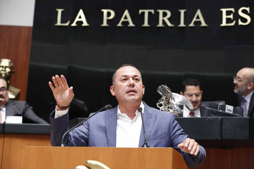 Senador José Erandi Bermúdez Méndez, para hablar a favor de una proposición con punto de acuerdo por la que se condenan los actos de violencia en Apaseo el Alto, Guanajuato.