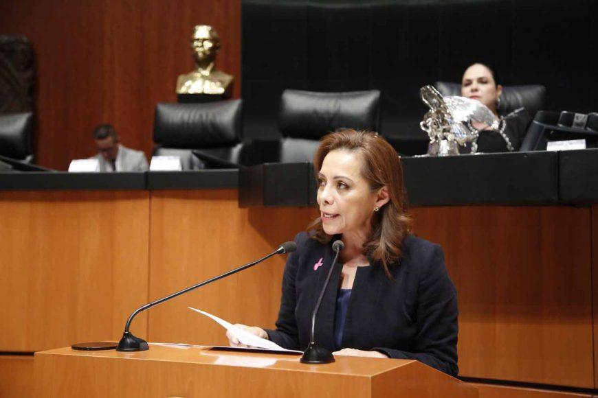 Senadora Josefina Vázquez solicita la prohibición total del matrimonio infantil