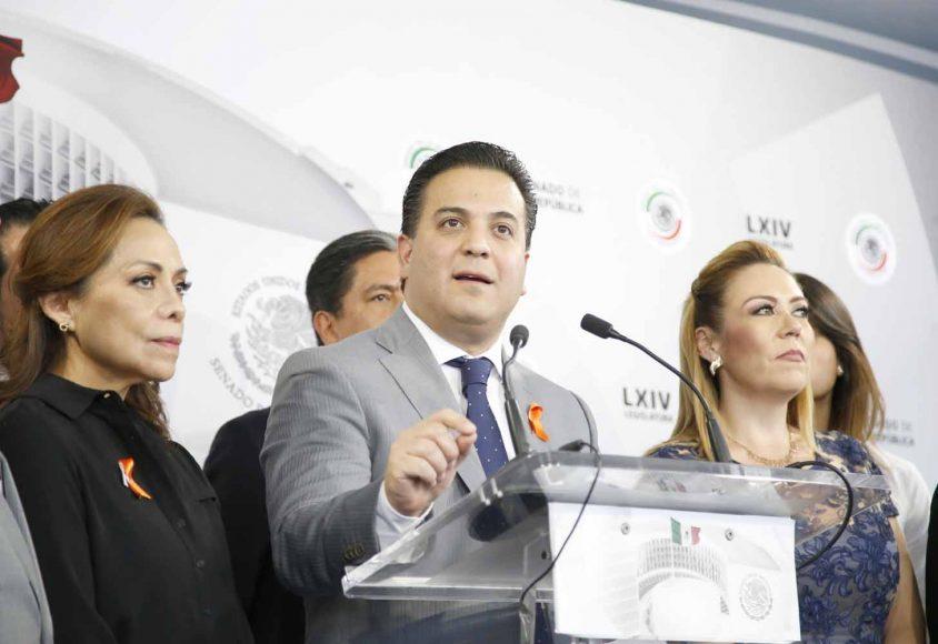Conferencia de prensa concedida por las y los senadores del PAN, encabezados por su coordinador, Damián Zepeda Vidales, al término de la sesión ordinaria.