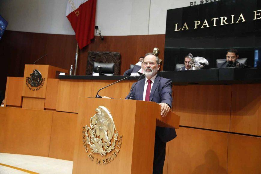 Senador Gustavo Madero Muñoz, al referirse a la situación sobre la consulta del nuevo aeropuerto de la Ciudad de México