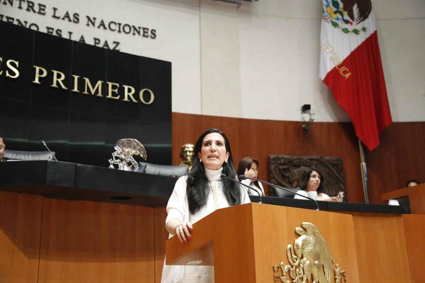 Intervención en tribuna de la senadora Kenia López Rabadán, para referirse a la situación sobre la consulta del Nuevo Aeropuerto de la Ciudad de México