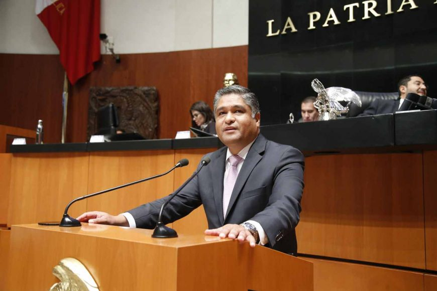 Senador Víctor Fuentes Solís, al referirse a la situación sobre la consulta del nuevo aeropuerto de la Ciudad de México
