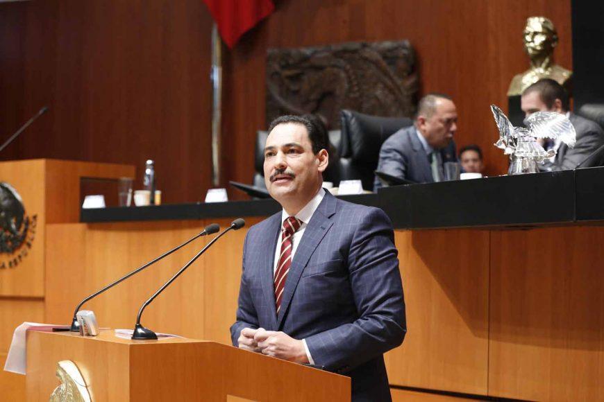 Senador Juan Antonio Martín del Campo al participar en la discusión de un dictamen de las Comisiones Unidas de Hacienda y Crédito Público y de Estudios Legislativos Segunda, el que contiene proyecto de decreto por el que se reforma el artículo 13 de la Ley del Servicio de Administración Tributaria