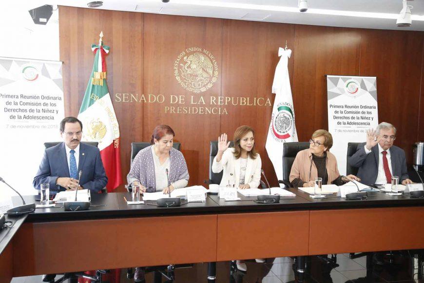 Senadora Josefina Vázquez Mota presidió la reunión ordinaria de la Comisión de Derechos de la Niñez y de la Adolescencia