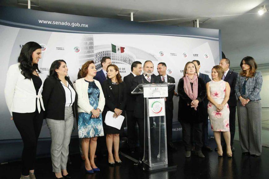 Conferencia ofrecida por senadores del Partido Acción Nacional, encabezados por su coordinador, Damián Zepeda Vidales, previo al inicio de la sesión ordinaria.