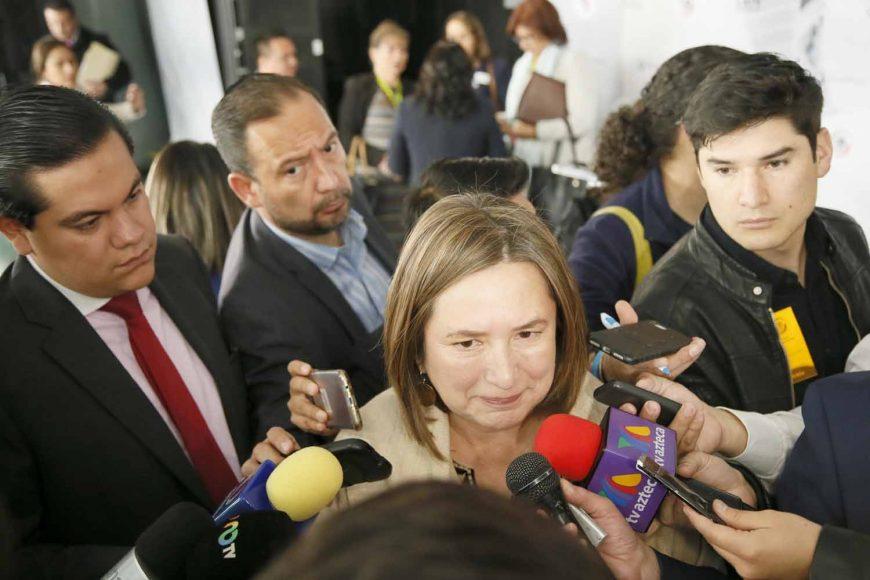 Entrevista a la senadora panista Xóchitl Gálvez Ruiz, previo al inicio de la sesión ordinaria