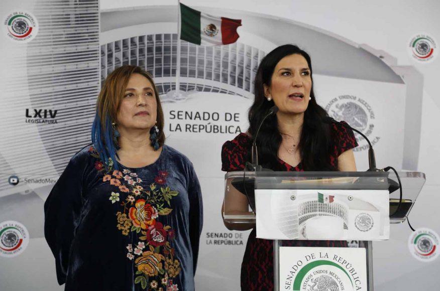 Conferencia de prensa concedida por las senadoras Kenia López Rabadán y Xóchitl Gálvez Ruiz, previo al inicio de la sesión.