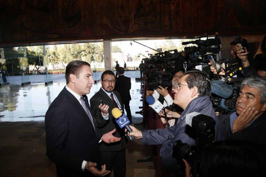 Entrevista al senador Rafael Moreno Valle, coordinador del GPPAN, a su llegada al recinto Legislativo de San Lázaro.