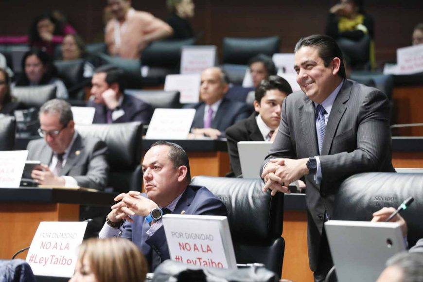 Senador José Erandi Bermúdez Méndez,