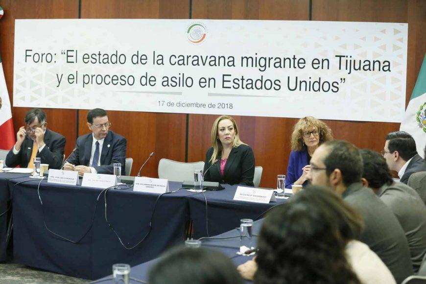 La senadora Alejandra Noemí Reynoso Sánchez, durante su participación en el Foro: El estado de la caravana migrante en Tijuana y el proceso de asilo en Estados Unidos.