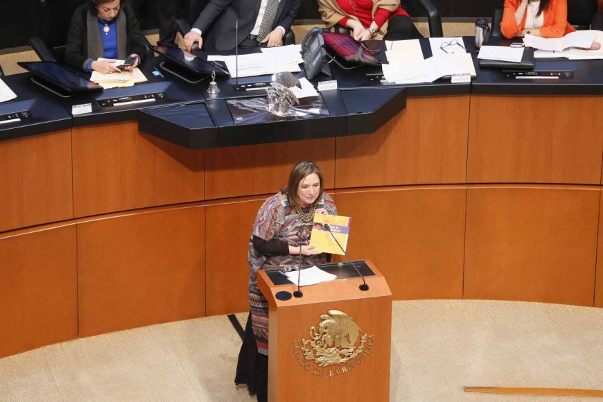 """Intervención de la senadora Xóchitl Gálvez Ruiz, al participar en la discusión de un dictamen de las comisiones unidas de Asuntos Indígenas y de Estudios Legislativos Primera, por el que el Honorable Congreso de la Unión declara """"2019, Año de las Lenguas Indígenas""""."""