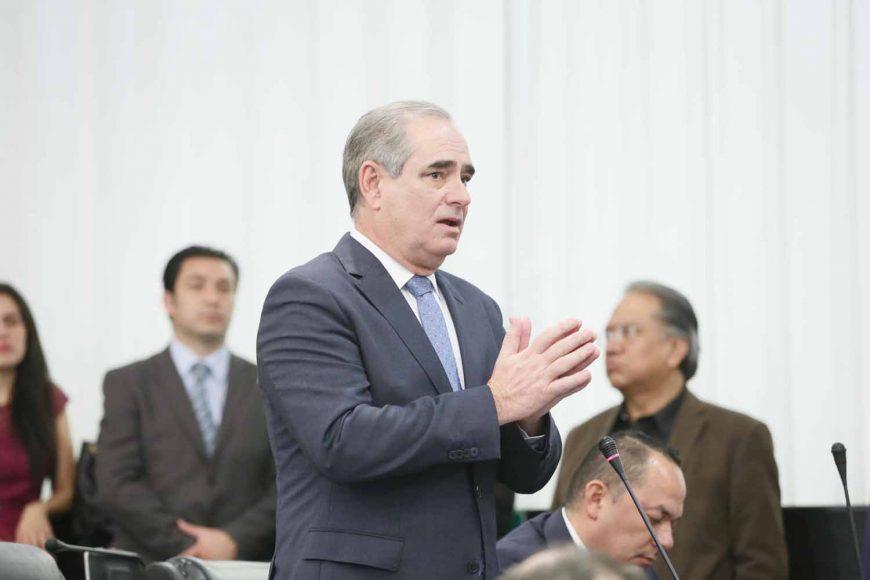 Intervención desde su escaño del senador Julen Rementería Del Puerto para referirse al discurso de la presidenta de la Comisión de la Medalla Belisario Domínguez, durante la sesión solemne.