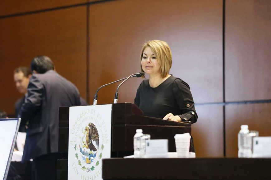 Senadora Minerva Hernández Ramos al presentar iniciativa que reforma y adiciona diversas disposiciones de la Ley General de Mejora Regulatoria