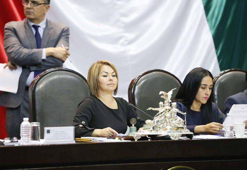 Senadora Minerva Hernández Ramos, durante la sesión ordinaria de la Comisión Permanente del Congreso de la Unión.