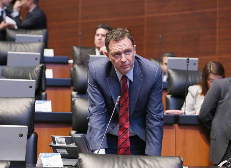 Intervención desde su escaño del coordinador del Grupo Parlamentario del PAN, Mauricio Kuri González, para solicitar un minuto de silencio por las víctimas de la explosión en Tlahuelilpan, Hidalgo