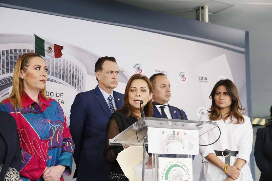 Conferencia de prensa de los senadores del PAN, encabezados por el coordinador, Mauricio Kuri González.