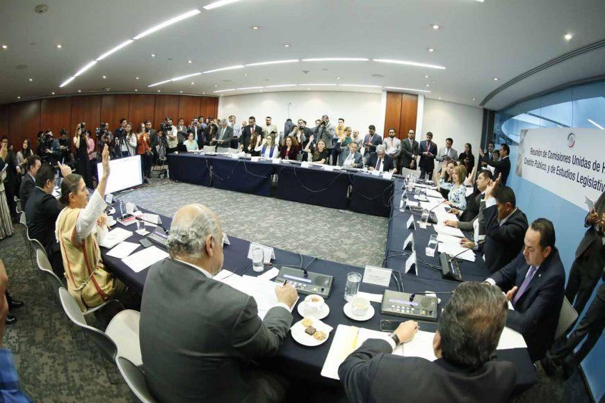 Las senadoras Minerva Hernández Ramos y Martha Cecilia Márquez Alvarado, así como los senadores Damián Zepeda Vidales, José Erandi Bermúdez y Roberto Juan Moya Clemente, durante la reunión de comisiones unidas de Hacienda y Crédito Público, y de Estudios Legislativos, Segunda.