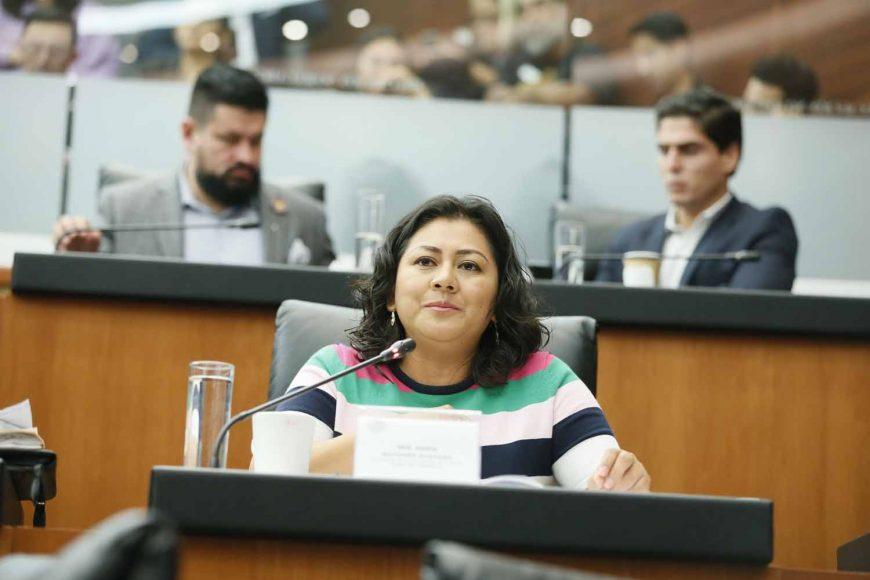 Pregunta de la senadora Nadia Navarro Acevedo a Yasmín Esquivel Mossa, quien integra la terna presentada por el titular del Ejecutivo federal para la elección de una ministra de la Suprema Corte de Justicia de la Nación, en la comparecencia ante la Comisión de Justicia.
