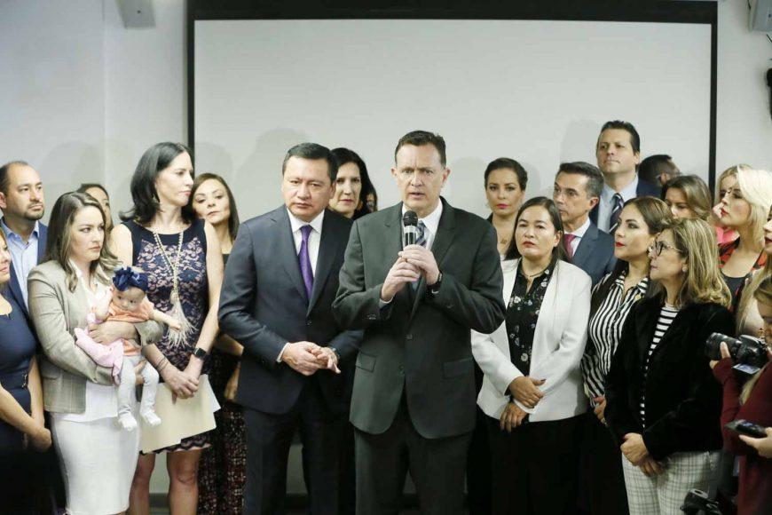 IMG_201Las y los senadores del PAN, encabezados por su coordinador, Mauricio Kuri González, durante la conferencia de prensa conjunta con otros partidos políticos, para hablar sobre las estancias infantiles, en el Museo de Memoria y Tolerancia90305_102815
