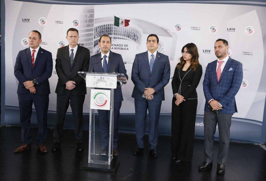Conferencia de prensa concedida por senadores del PAN, encabezados por el presidente nacional del partido, Marko Cortés Mendoza, y el coordinador del Grupo Parlamentario, Mauricio Kuri González.