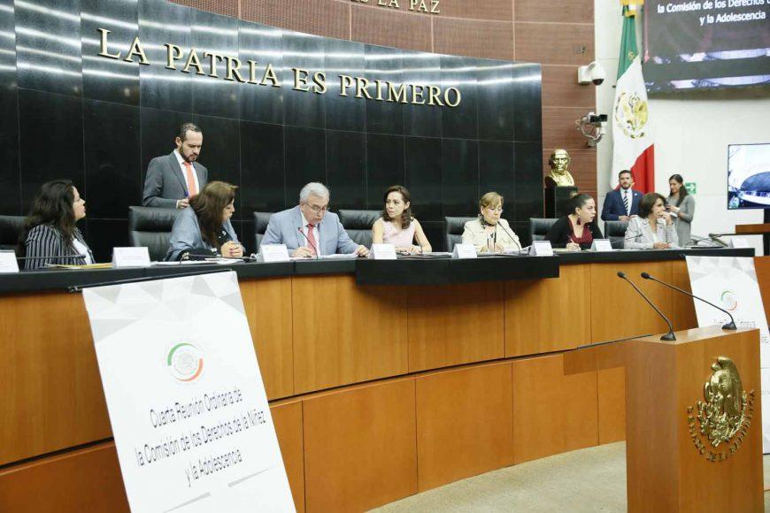 La senadora panista Josefina Vázquez Mota presidió la cuarta reunión de trabajo de la Comisión de Derechos de la Niñez y de la Adolescencia.
