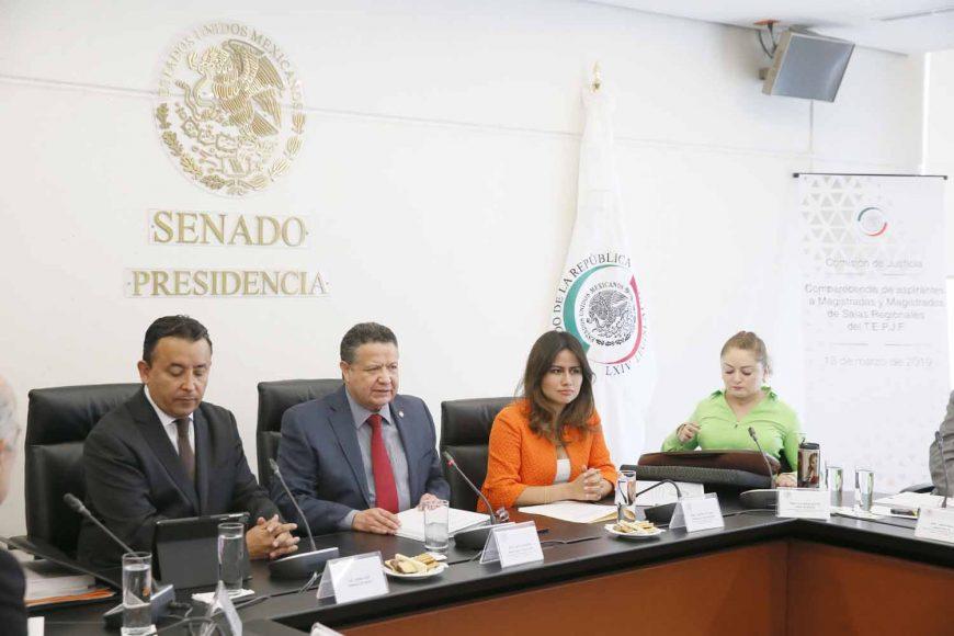 Las senadoras Indira Rosales San Román, Xóchitl Gálvez Ruiz, y el senador Damián Zepeda Vidales, durante su participación en las comparecencias de aspirantes a Magistradas o magistrados de Salas Regionales del Tribunal Electoral del Poder Judicial de la Federación (TEPJF).