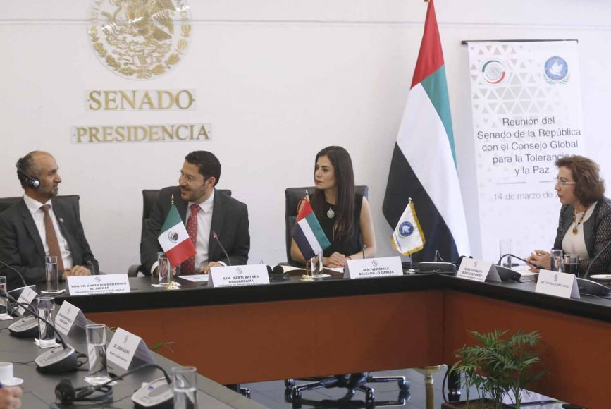 La senadora Guadalupe Murguía Gutiérrez, Vicepresidenta de la Mesa Directiva del Senado, en reunión con el presidente del Consejo Global Para la Tolerancia y la Paz, Ahmed Bin Mohamed Aljarwan.