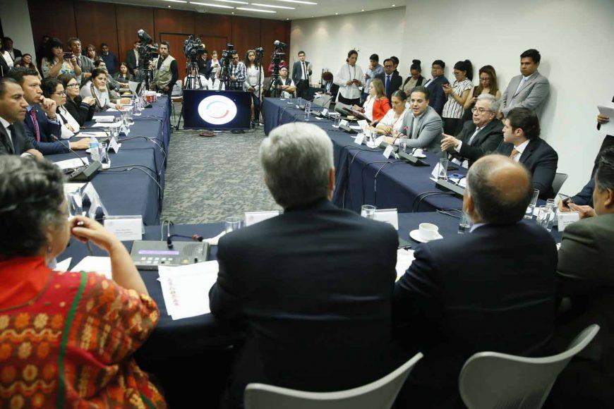 El senador panista Damián Zepeda Vidales, al participar durante la reunión de trabajo de la Comisiones Unidas de Gobernación y Estudios Legislativos.