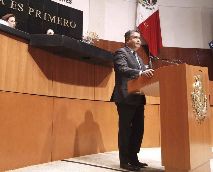 Intervención del senador Víctor Fuentes Solís, al presentar un punto de acuerdo por el que se solicita la intervención de la Comisión Reguladora de Energía, el Comité Consultivo Nacional de Normalización de Hidrocarburos, Petrolíferos y Petroquímicos y demás autoridades competentes, con la finalidad de que se modifique la Norma Oficial Mexicana NOM-016-cre-2016 para que la zona metropolitana de Monterrey se homologue con la zona metropolitana de Guadajalara y zona metropolitana del Valle de México, en su especificación de clase de volatilidad de las gasolinas, de acuerdo con las zonas geográficas y a la época del año y especificaciones adicionales de gasolinas por región, que permita mitigar los altos indices de contaminación en el estado de Nuevo León.