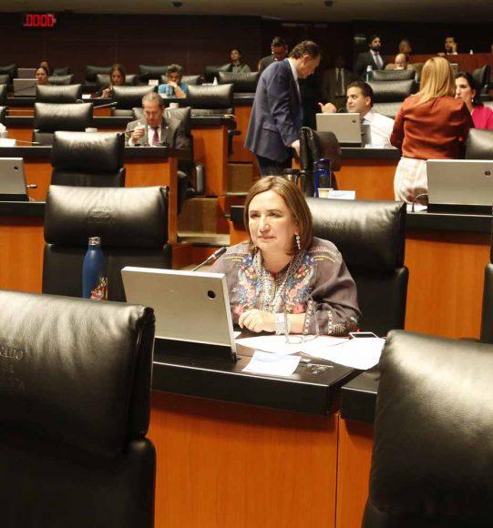 Intervención de la senadora Xóchitl Gálvez Ruiz desde su escaño
