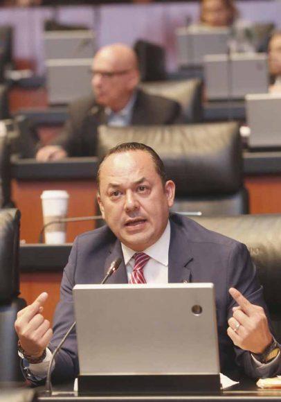 Intervención, desde su escaño, del senador Erandi Bermúdez Méndez, al referirse a las sesiones de la Cámara de Diputados.