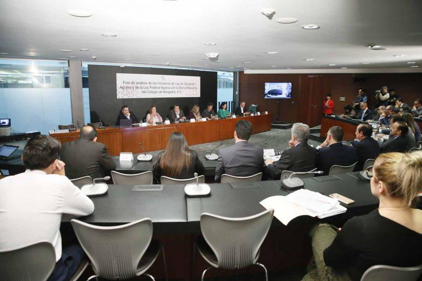 Participación de la senadora Xóchitl Gálvez Ruiz, durante el foro de análisis de las iniciativas de Ley de Desarrollo Agrario y de la Ley Federal Agraria con la Barra Mexicana del Colegio de Abogados, A.C, que organiza la Comisión de Reforma Agraria.