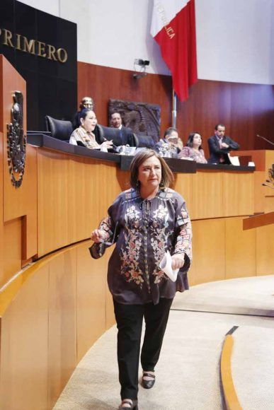 """Intervención en tribuna de la senadora Xóchitl Gálvez Ruiz para referirse a un dictamen de la Comisión de Medio Ambiente, Recursos Naturales y Cambio Climático, con punto de acuerdo, que exhorta a la Secretaría de Medio Ambiente y Recursos Naturales, a la Comisión Nacional del Agua y al Gobierno del Estado de México, para que remitan, a esta Soberanía, diversos informes sobre las autorizaciones para la construcción del proyecto """"Conjunto Urbano de tipo mixto llamado Bosque Diamante"""", en el municipio de Jilotzingo, Estado de México."""