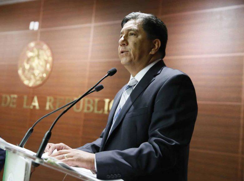 """Senador Marco Gama Basarte, durante la inauguración del Foro """"Vida saludable, obesidad, encontrando soluciones"""""""
