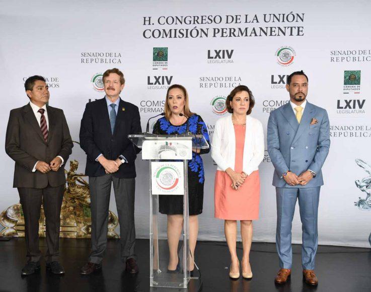 Conferencia de prensa de las senadoras Alejandra Reynoso Sánchez y Guadalupe Murguía Gutiérrez, el senador Raúl Paz Alonzo, así como los diputados Juan Carlos Romero Hicks y Jorge Luis Preciado Rodríguez.