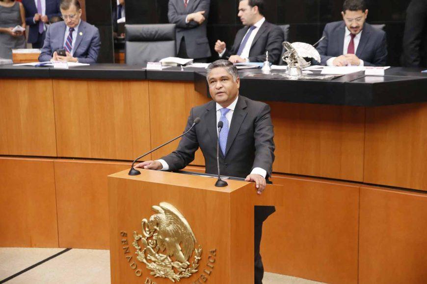 Intervención en tribuna del senador Víctor Fuentes Solís para referirse a un proyecto de decreto por el que la Comisión Permanente solicita convocar a un periodo extraordinario de sesiones de las Cámaras del Congreso.