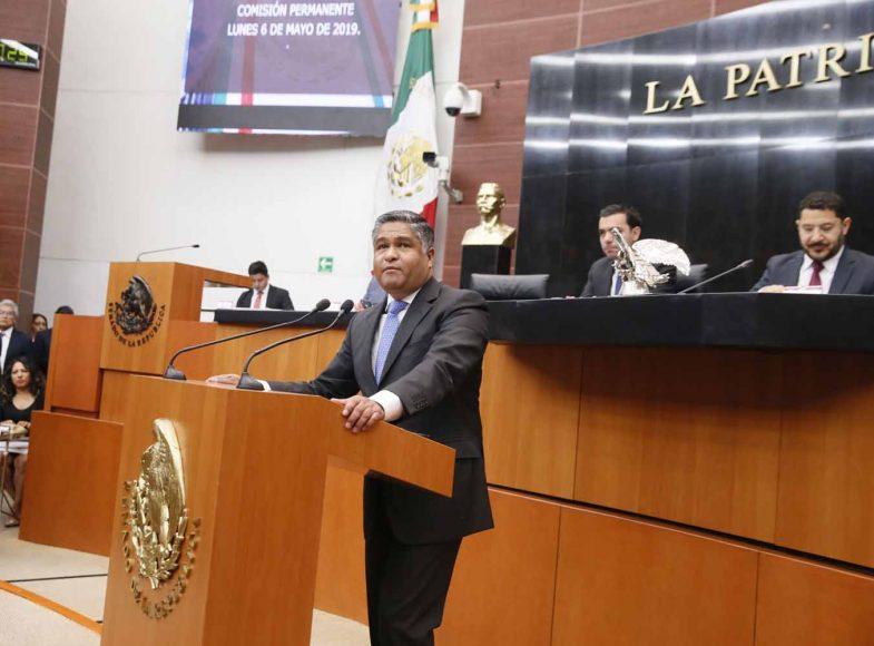 Senador Víctor Fuentes Solís para referirse a un proyecto de decreto por el que la Comisión Permanente solicita convocar a un periodo extraordinario de sesiones de las Cámaras del Congreso
