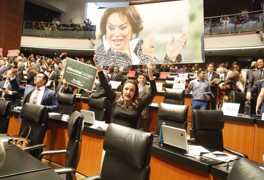 Senadora Martha Cecilia Márquez Alvarado, durante la sesión
