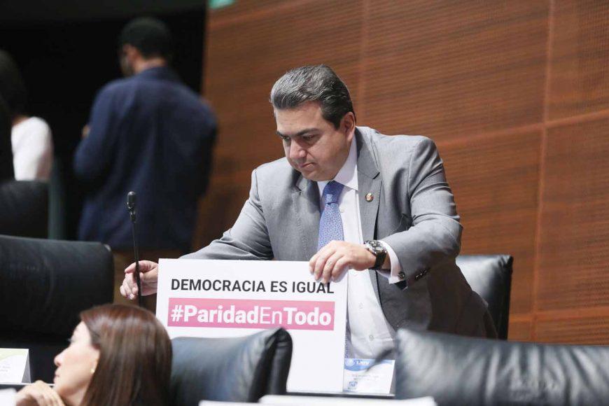 Senadores del PAN durante la sesión del martes 14 de mayo del Periodo Extraordinario