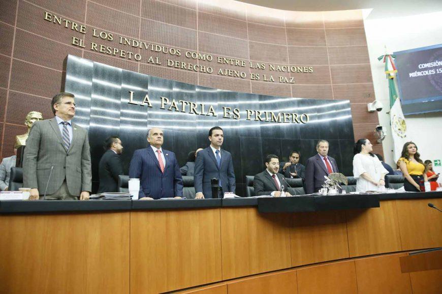 Senadores del PAN durante los trabajos de la sesión del miércoles 15 de mayo de la comisión permanente