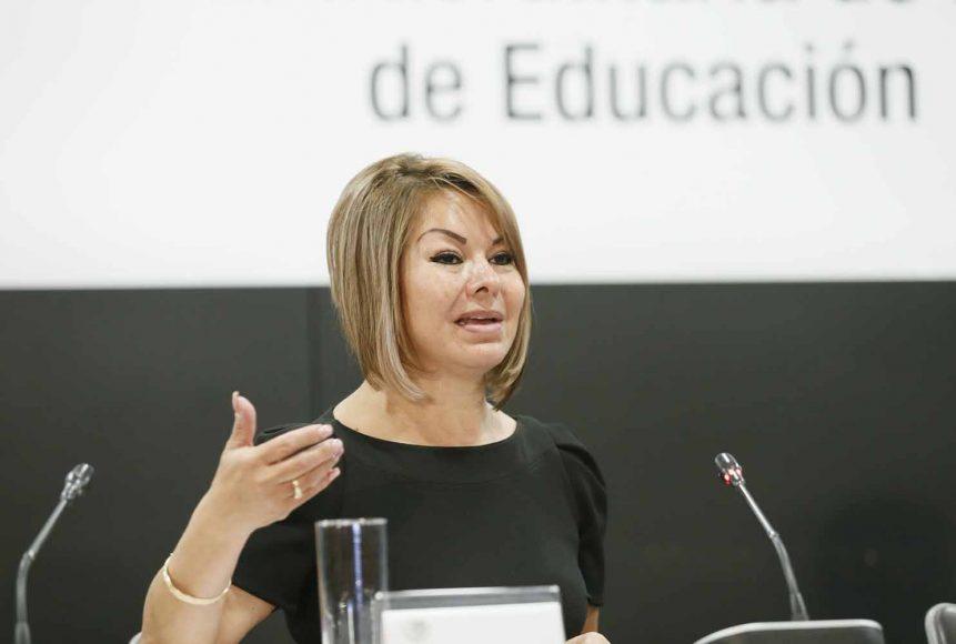 Senadora Minerva Hernández Ramos, al intervenir en la reunión de la Comisión de Educación