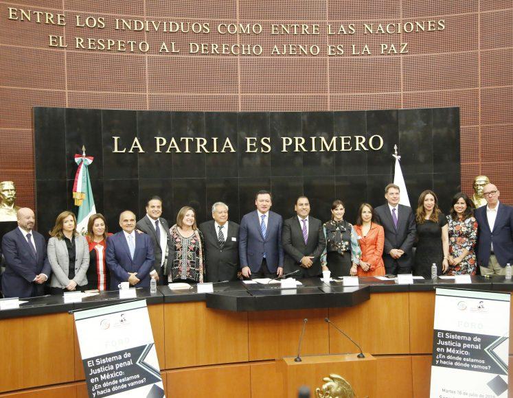 """Senador Damián Zepeda Vidales, durante el foro """"El sistema de justicia penal en México: ¿En dónde estamos y hacia dónde vamos?"""""""