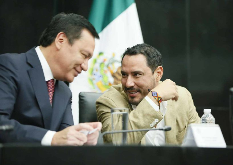El senador panista Raúl Paz Alonzo, durante su participación en el foro: ¿Qué Reforma Fiscal Necesita México?