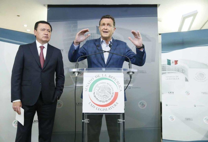 Los coordinadores de Acción Nacional, senador Mauricio Kuri González y del PRI, senador Miguel Ángel Osorio Chong, dieron conferencia de prensa