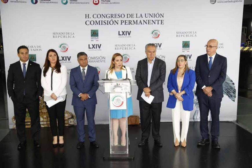 Conferencia de prensa concedida por senadoras y senadores, y diputadas y diputados del PAN, Alejandra Reynoso Sánchez, Marco Antonio Adame